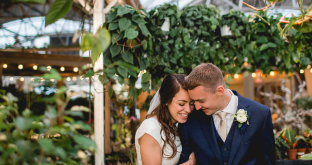 Utah Wedding Photographer – Greenhouse wedding